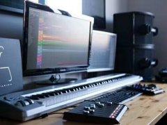 想在家建一个录音棚,录音设备的硬件搭配和装修方案有哪些?